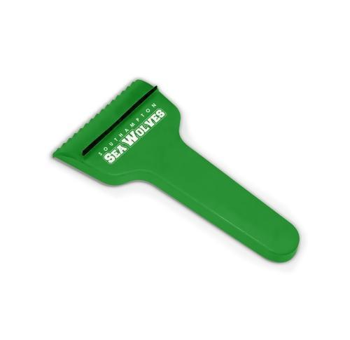 Green & Good T-Shaped Ice Scraper - recycled